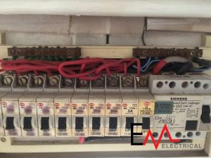 Circuit Breaker Troubleshooting - Circuit Breaker Repair ... on fuse breaker, concrete breaker, socket breaker,